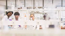 Vibrant Lab Spaces for Cross-Pollination