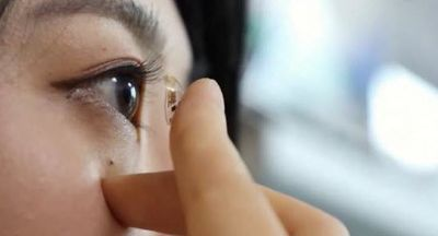 Smart Contact Lenses That Diagnose and Treat Diabetes