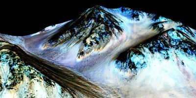 Scientist Models Mars Climate to Understand Habitability