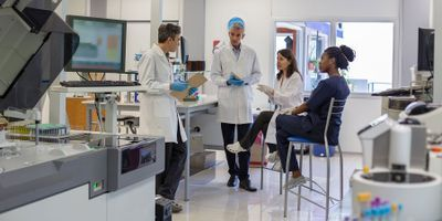 Laboratory Casework: The Advantages of Mobile Workspaces