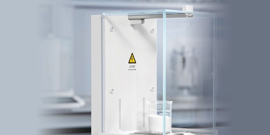 Neutralizing Electrostatic Charges for Accurate Weighing