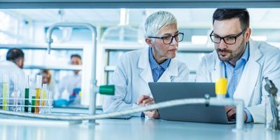 Managing a Multigenerational Laboratory