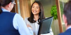 Women Less Likely to Receive Pay for College Internships