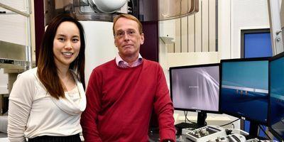 Unique Microscope to Film Molecules in Motion