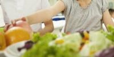 'Nudges' Help Students Select Healthy Lunches