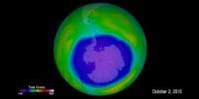 First Signs of Healing in the Antarctic Ozone Layer Observed